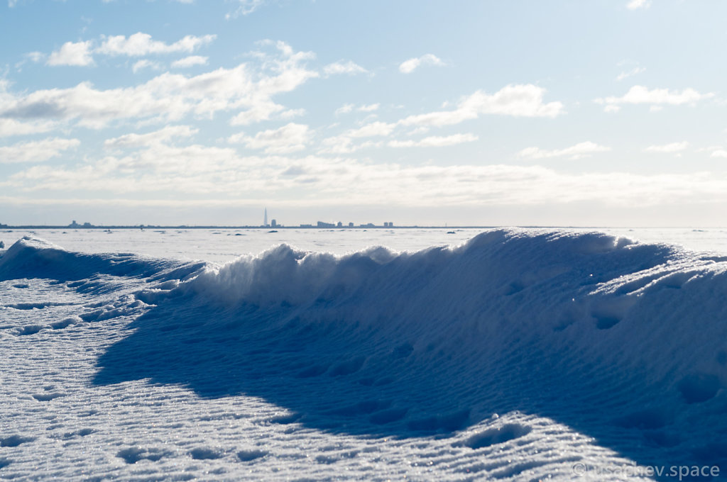 The Snow Wave on the Gulf of Finland